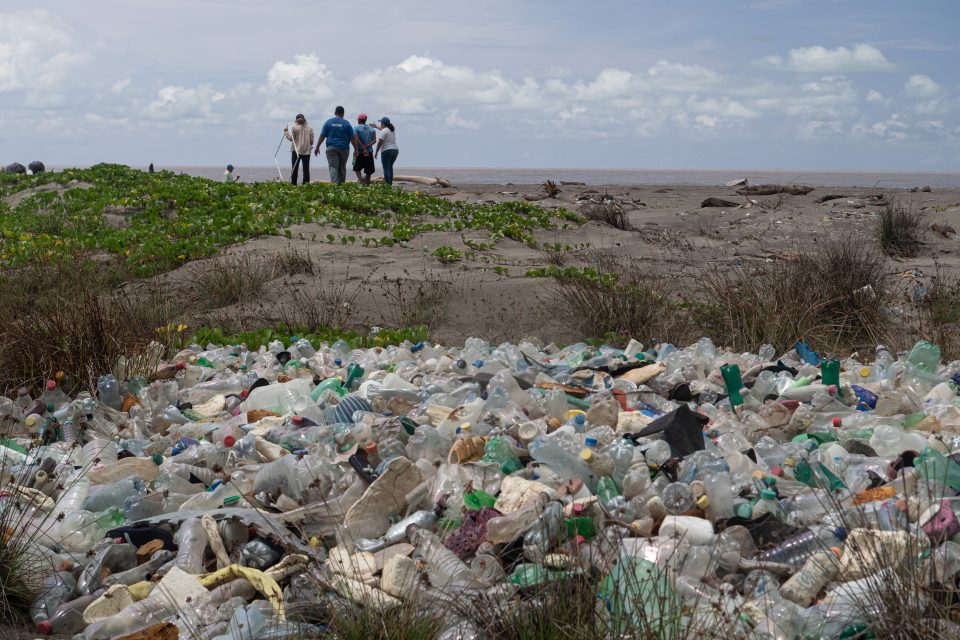 Motagua River, Guatemala, plastic pollution