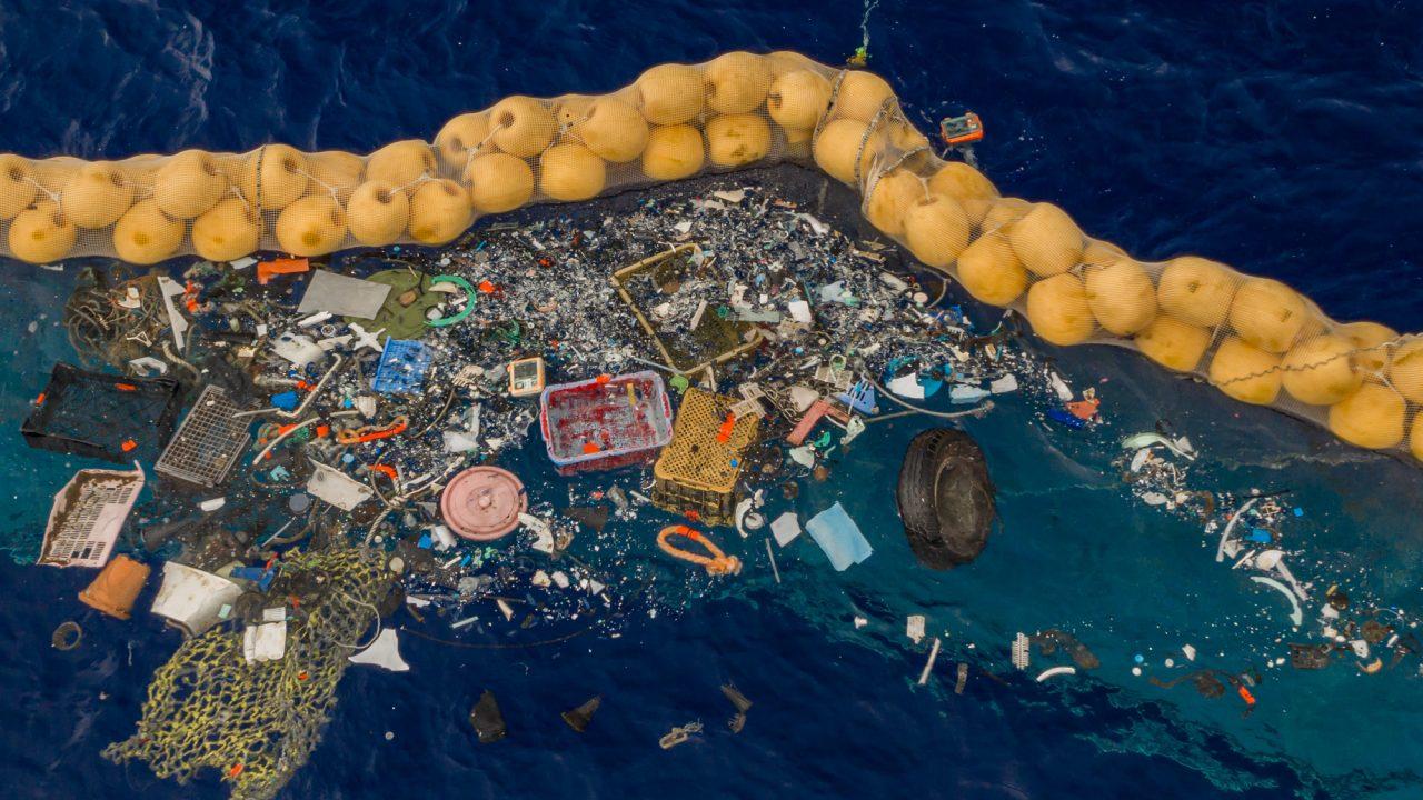 Plastic captured in System 001/B