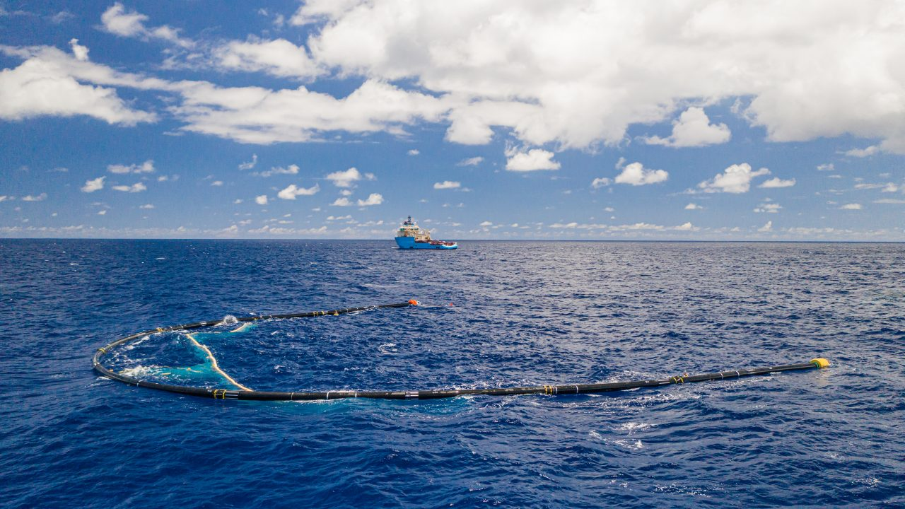 System 001/B in the Great Pacific Garbage Patch, 2019